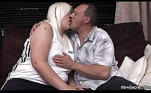 Wife finds cut corners cheating with blonde BBW